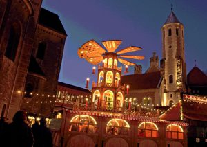 Weihnachtsmarkt, Foto: Klaus Ebach/art plakat