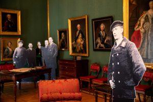 Arbeitszimmer des Herzogs, Inszenierung der Abdankung durch den Arbeiter und Soldatenrat (c) Schlossmuseum Braunschweig/M. Kruszewski
